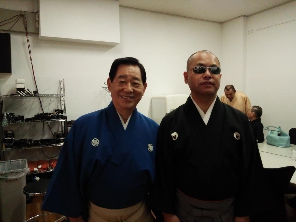 http://www.yoshotaro.net/images/DSC_0429.JPG