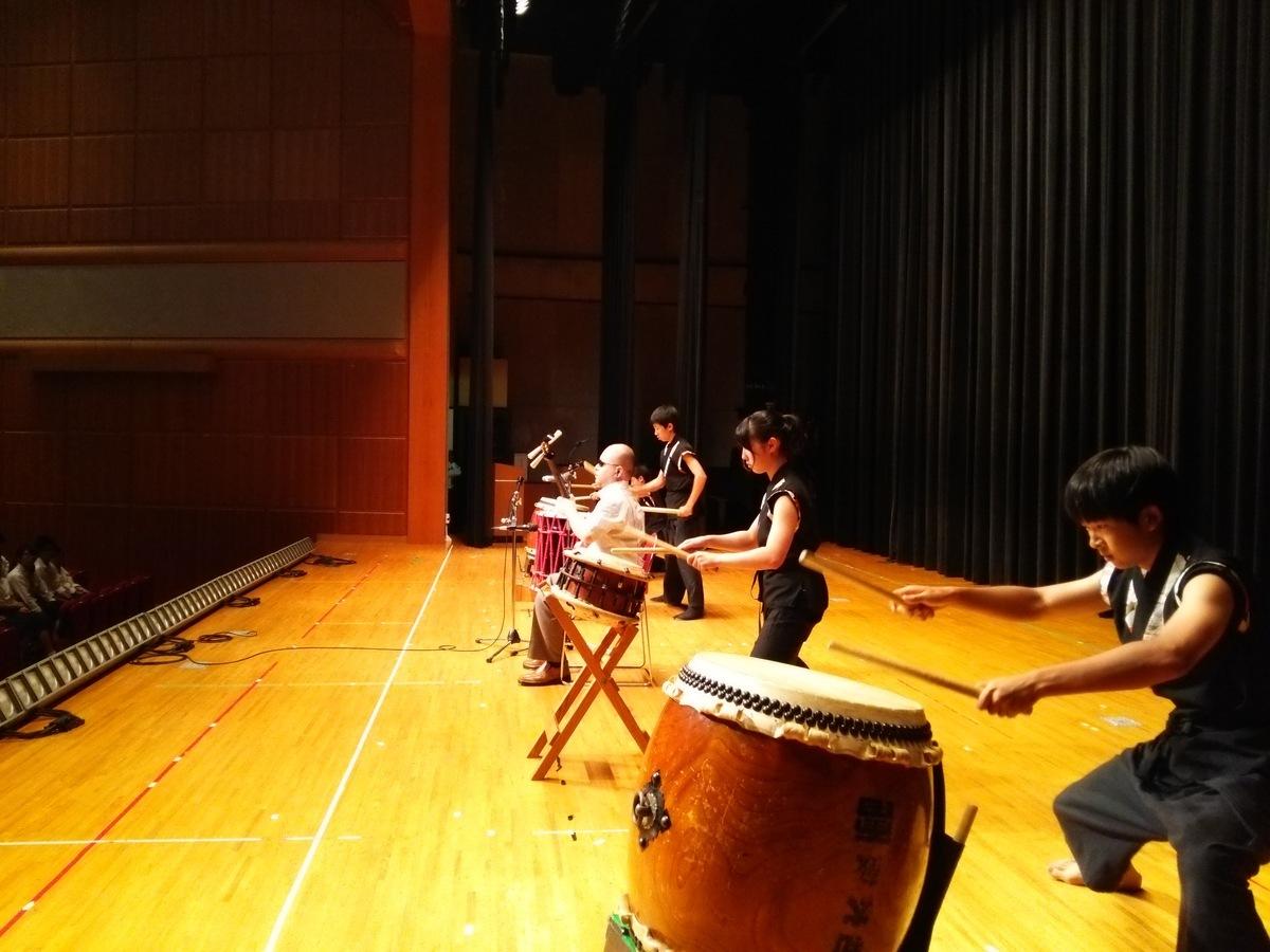 http://www.yoshotaro.net/images/DSC_0496.JPG